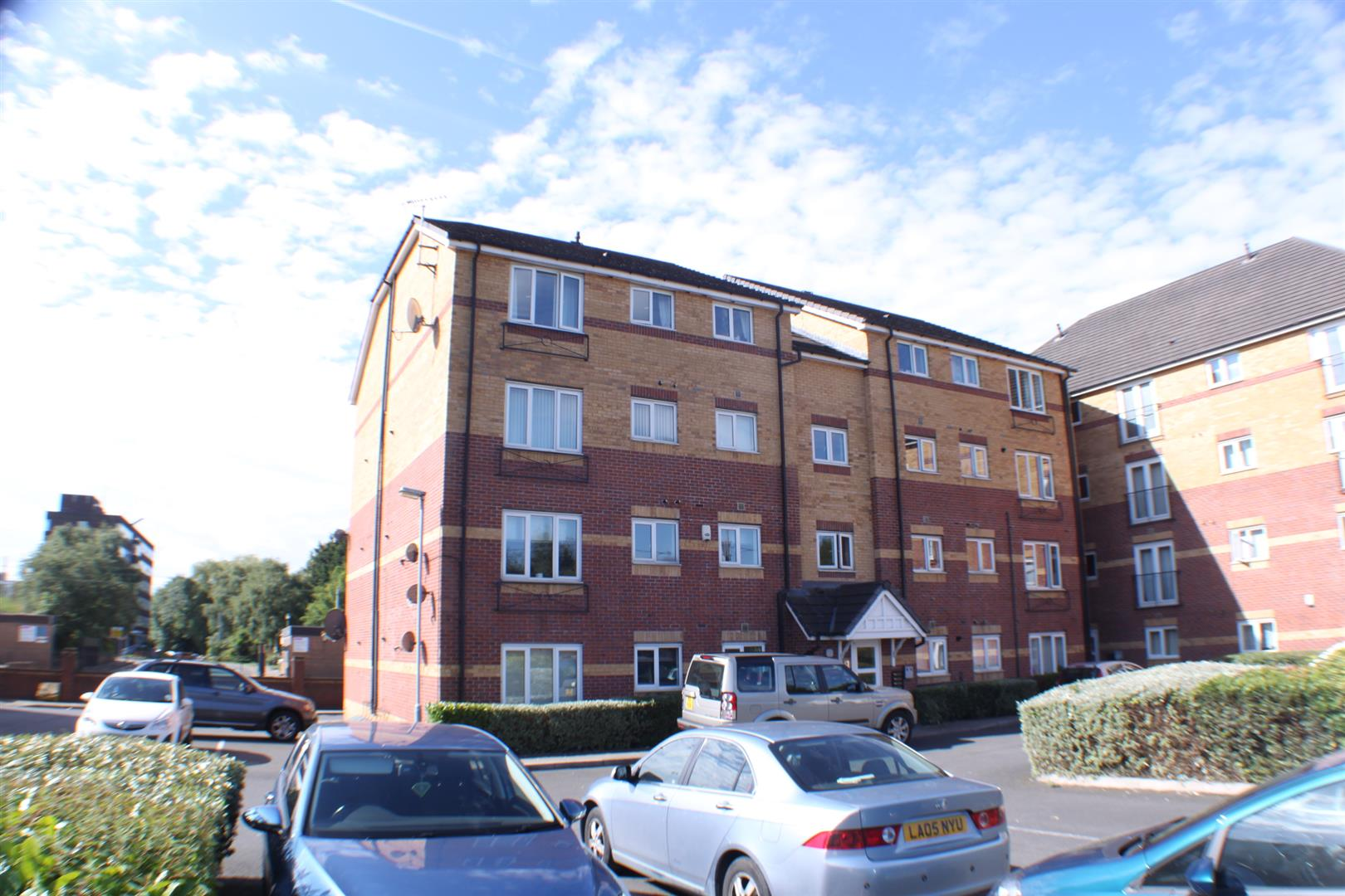 2 Bedrooms Flat for sale in Little Bolton Terrace, Salford